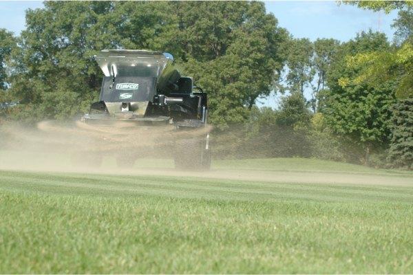 doorzaaien golfbanen onderhoud
