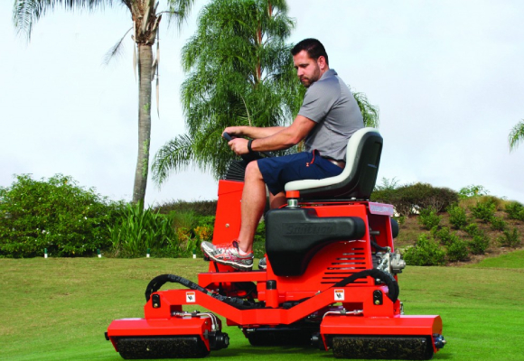 golfbanen onderhoud rollen