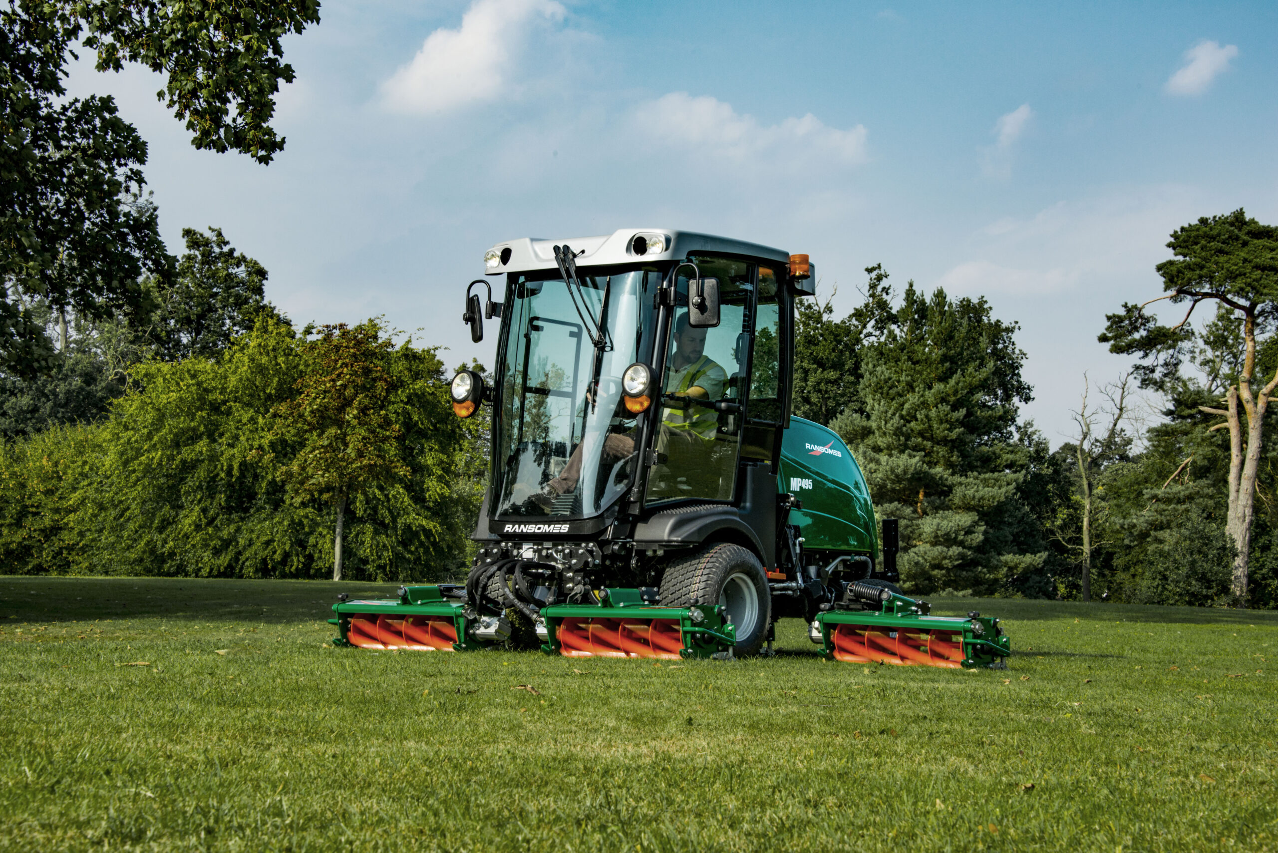 Groentechniek: grasmaaien, snoeieafvalverwerking en meer vindt u bij Pols.
