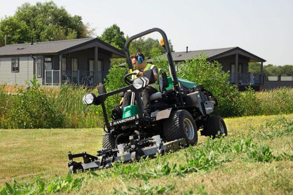 Professionele grasmaaiers voor openbaar groen vindt u bij Pols.